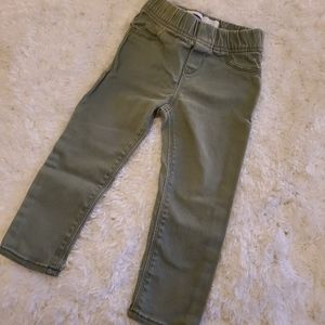 2t Olive green old navy jeggings